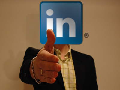 linkedin networking des moines iowa free crm